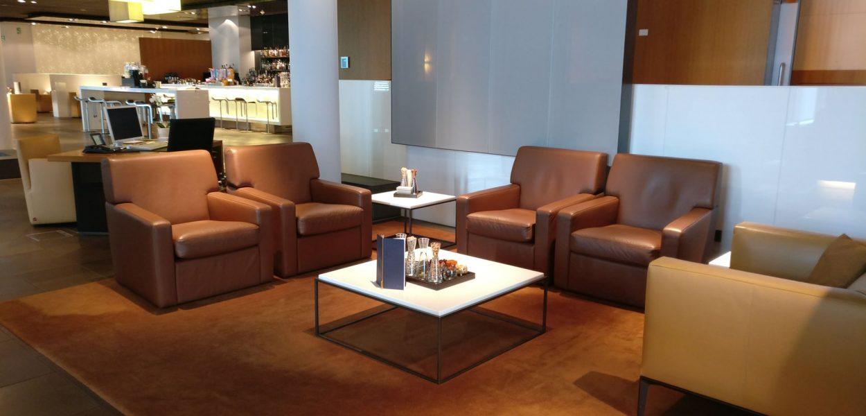 Lufthansa First Class Terminal Frankfurt Sitze