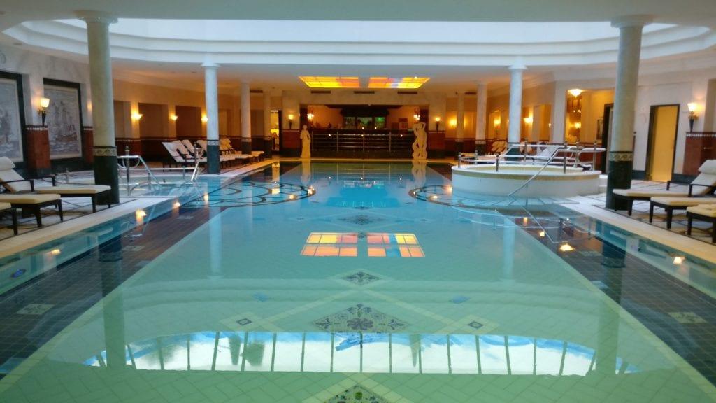 Seehotel Überfahrt Pool