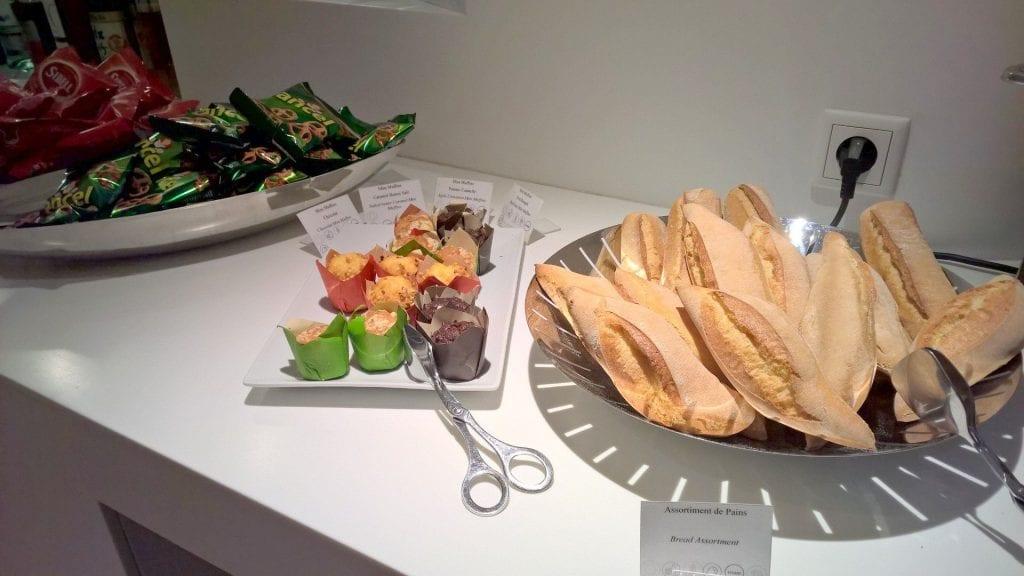 Snacks Star Alliance Lounge Paris