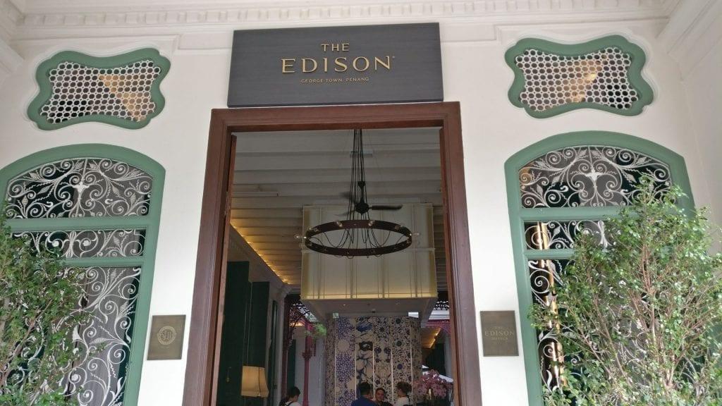 The Edison George Town Penang Eingang