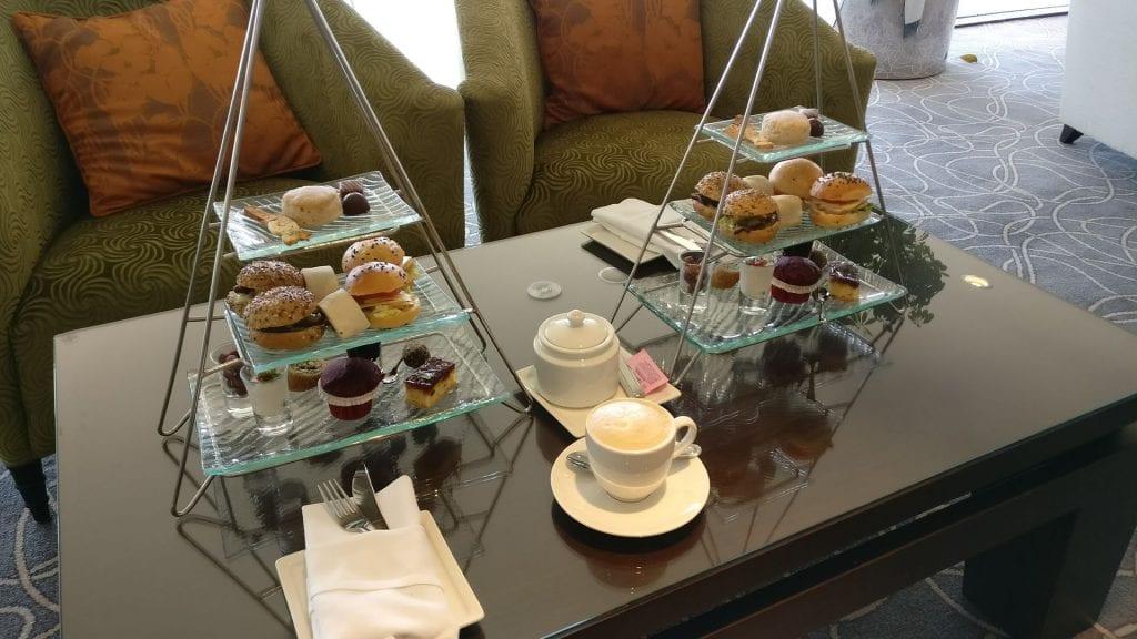 intercontinental abu dhabi club lounge afternoon tea