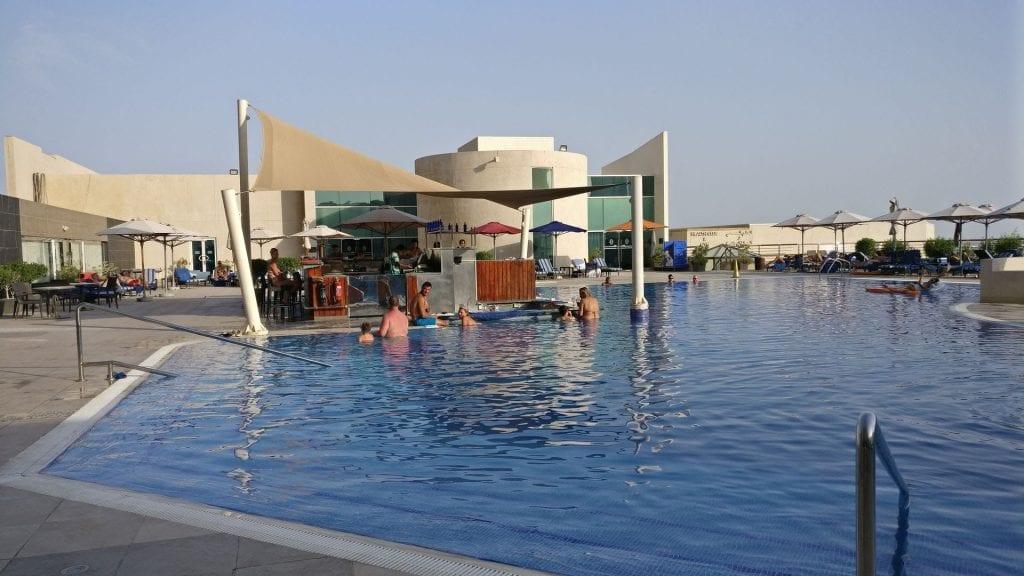 intercontinental abu dhabi pool
