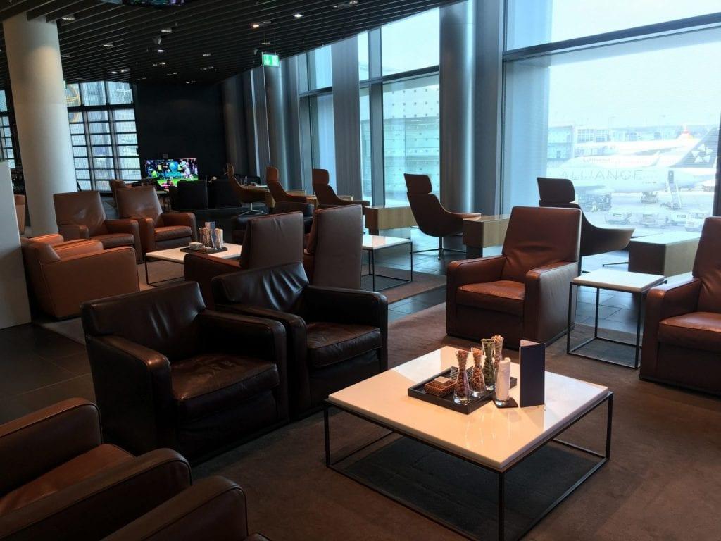 lufthansa first class lounge frankfurt a sessel