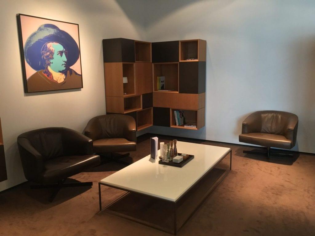 lufthansa first class lounge frankfurt a sessel 2