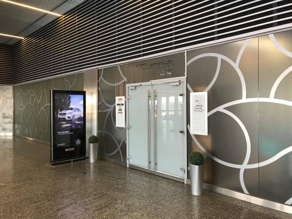 Celebi Lounge Budapest Eingang