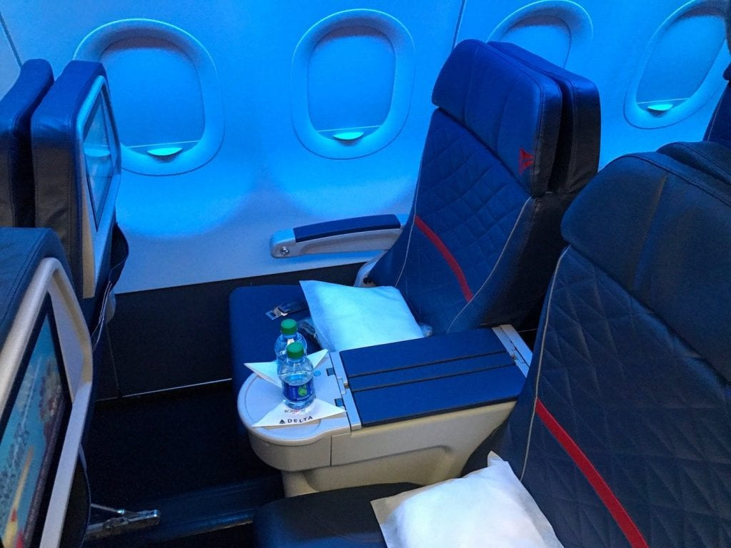 Delta First Class Sitz 5 SkyMiles Award Domestic