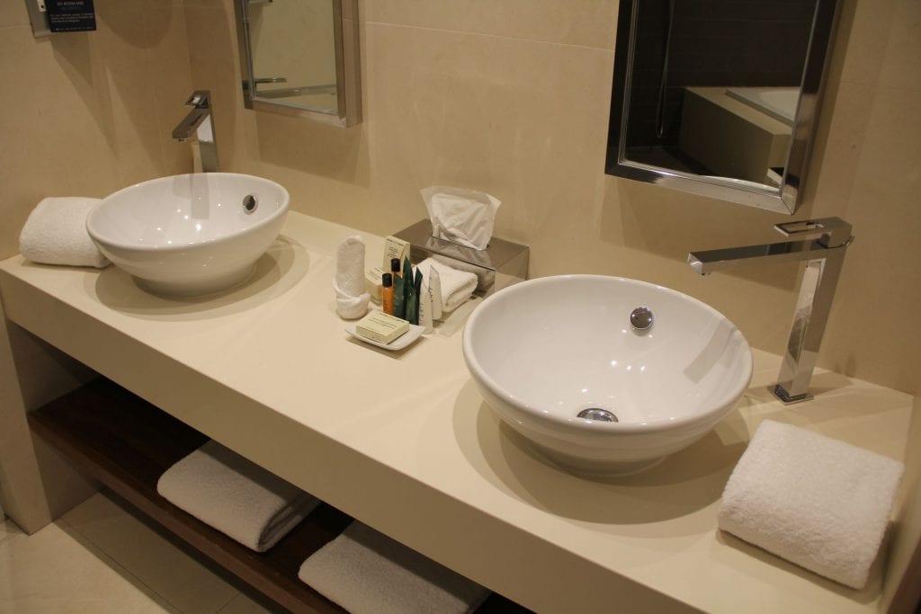 Hilton Malta Suite Bathroom 5