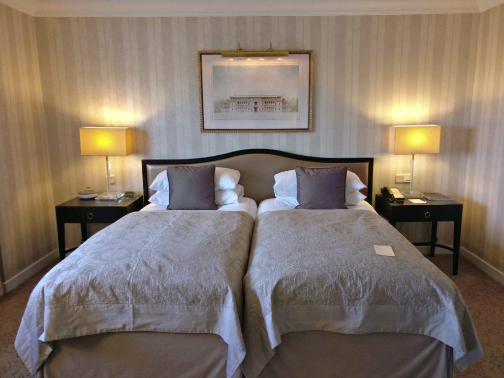 InterContinental Vienna Junior Suite Bedroom