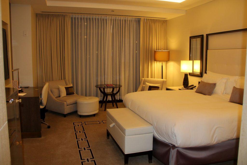 Langham Chicago Room