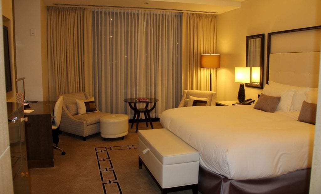 Langham Chicago Room