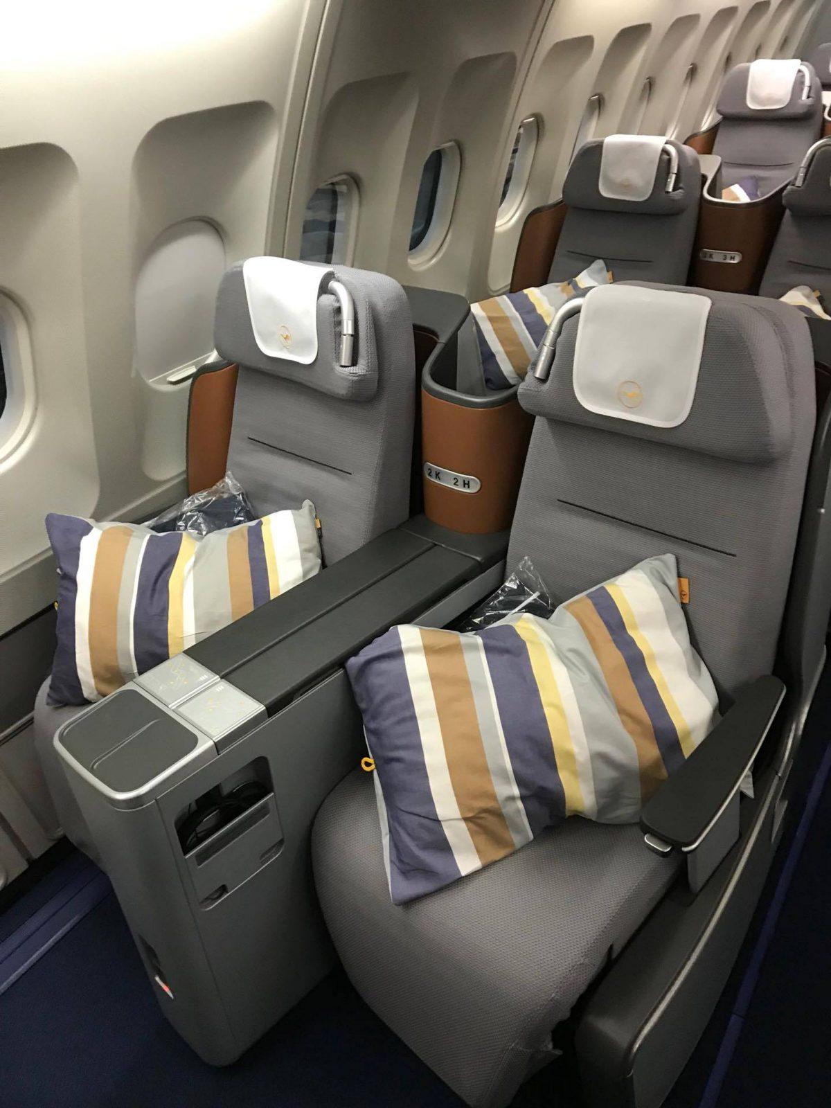 lufthansa business class sitz 5. Black Bedroom Furniture Sets. Home Design Ideas