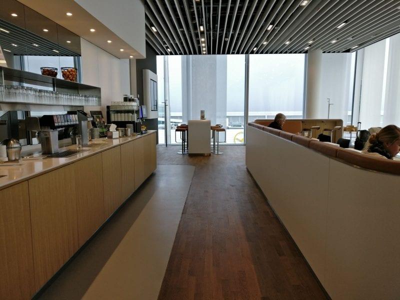 Lufthansa Business Lounge München L11 Buffet