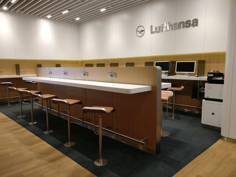 Lufthansa Business Lounge München L11 Seating