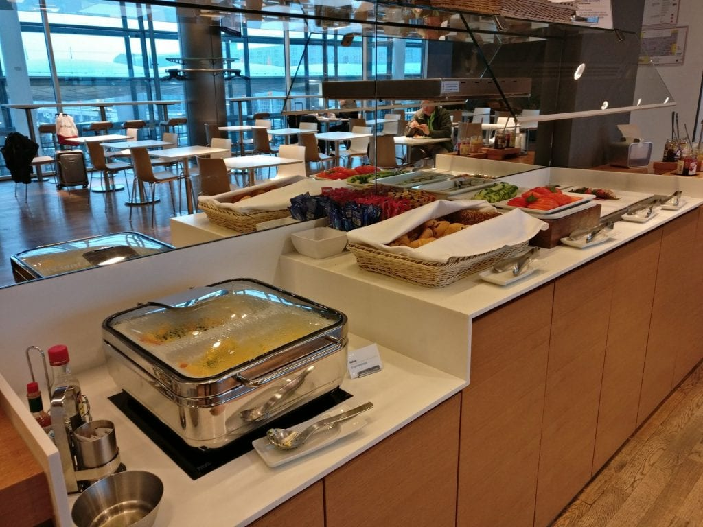 Lufthansa Business Lounge Non Schengen Munich Buffet