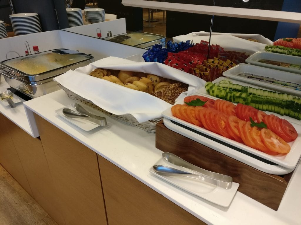 Lufthansa Business Lounge Non Schengen Munich Buffet 2