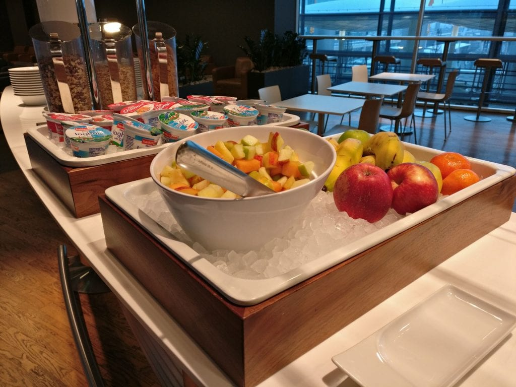 Lufthansa Business Lounge Non Schengen Munich Buffet 5