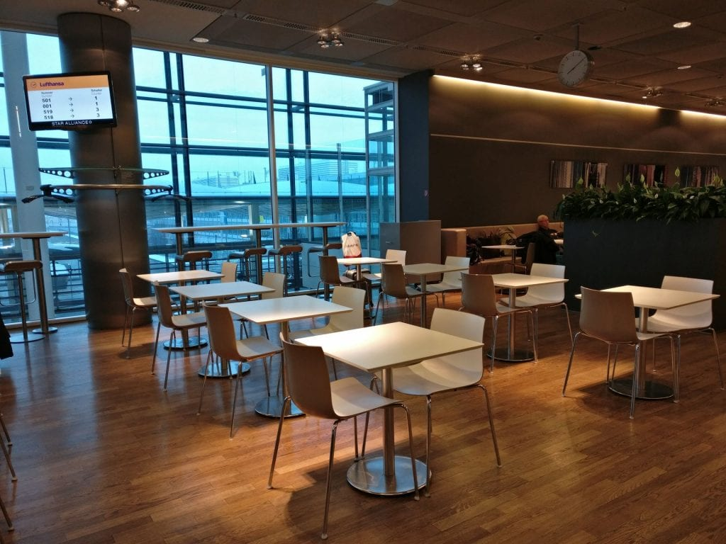 Lufthansa Business Lounge Non Schengen Munich Seating