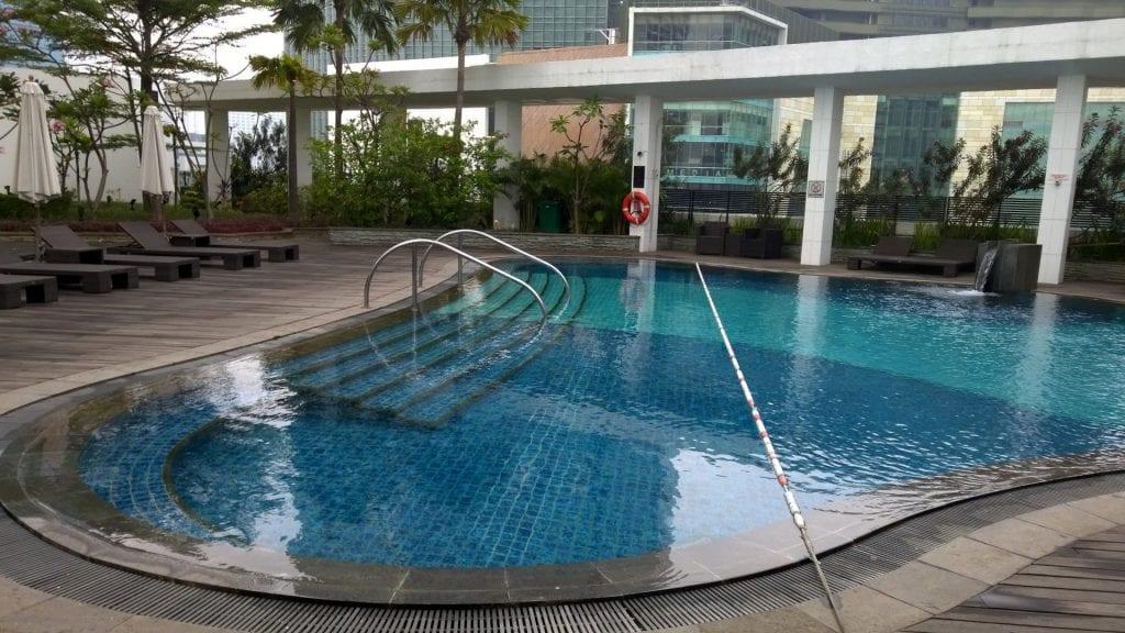 Mandarin Oriental Jakarta Pool