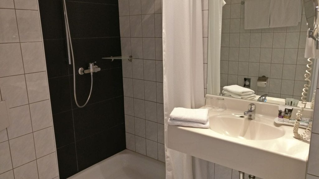 Mercure Frankfurt City Messe Bad Dusche