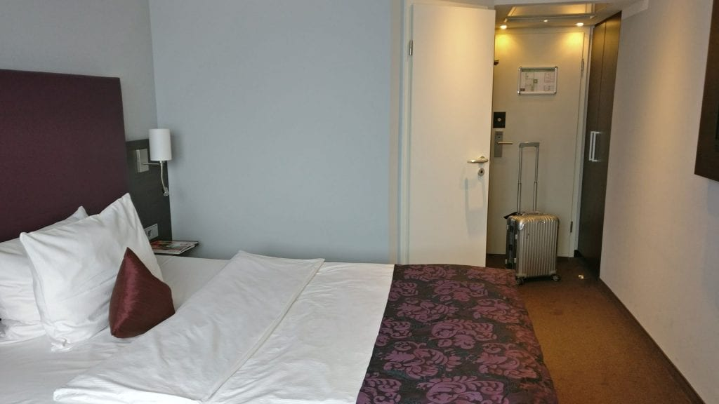 Mercure Frankfurt City Messe Zimmer Tür