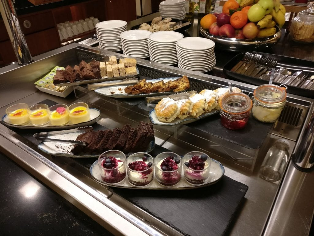 Singapore Airlines Lounge London Heathrow Buffet 2