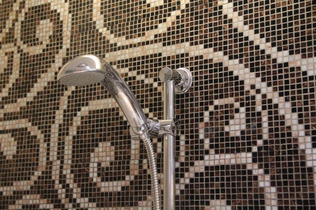 Sofitel Legend Metropole Grand Deluxe Room Bathroom 8