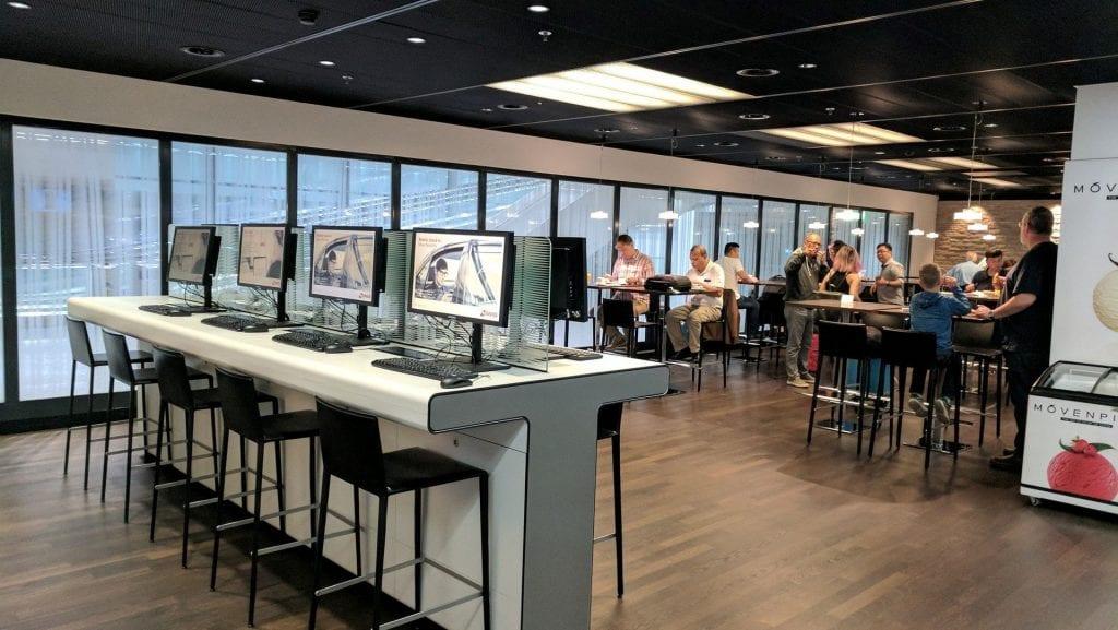 Swiss Arrival Lounge Zürich Workstation