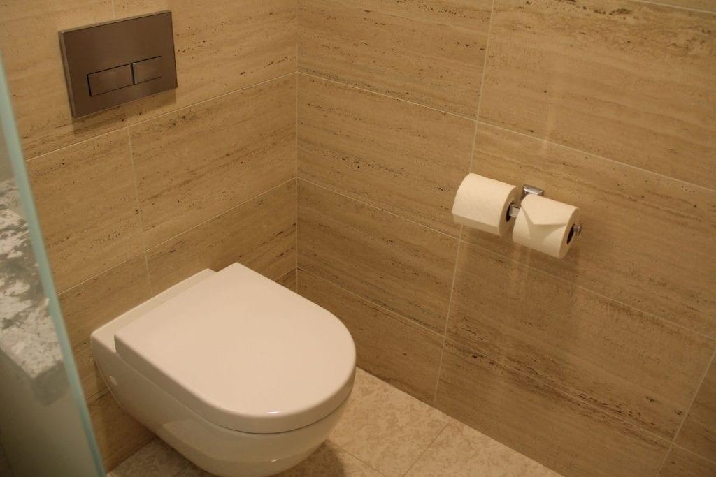 The Langham Chicago Bathroom 4