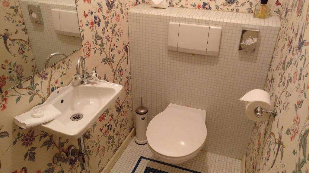 hotel die hirschgasse heidelberg suite badezimmer