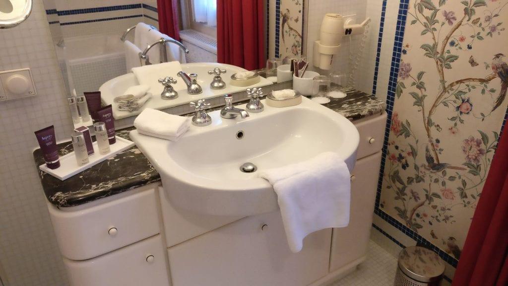 hotel die hirschgasse heidelberg suite badezimmer 4