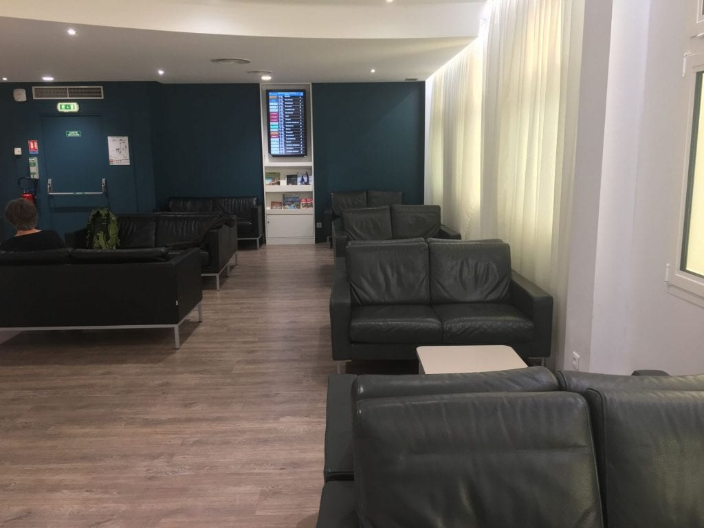 library lounge nizza seating 2