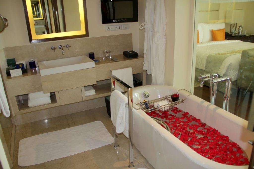 Bathroom The Oberoi Mumbai