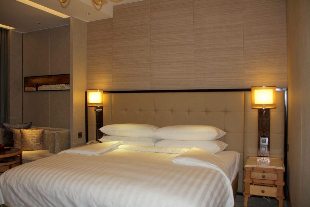 Bed Shangri La Bengaluru 2