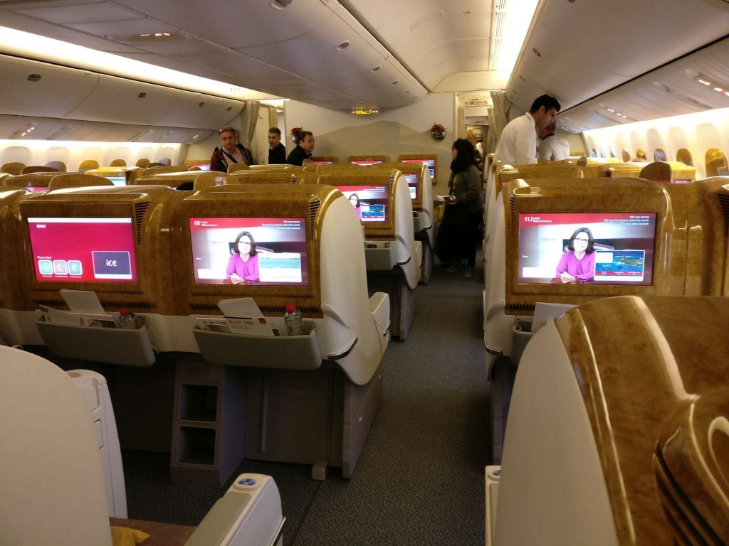 Emirates Business Class Boeing 777 Kabine