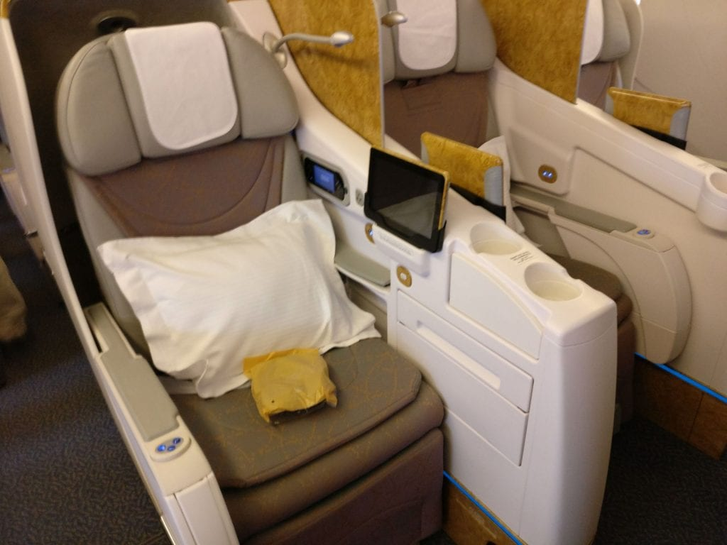 Emirates Business Class Boeing 777 Sitz