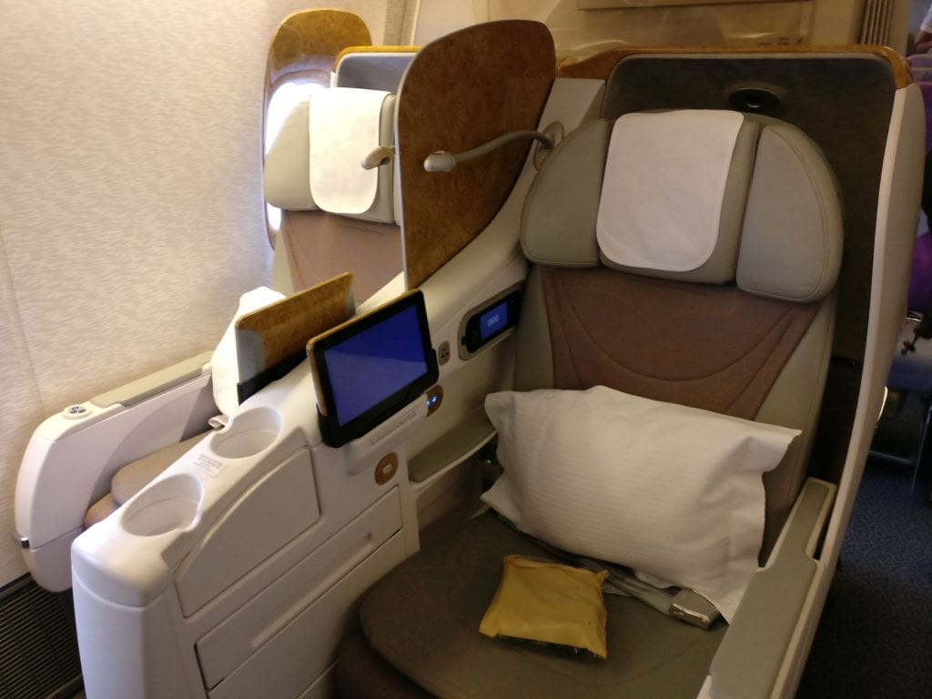 Emirates Business Class Boeing 777 Sitz 2