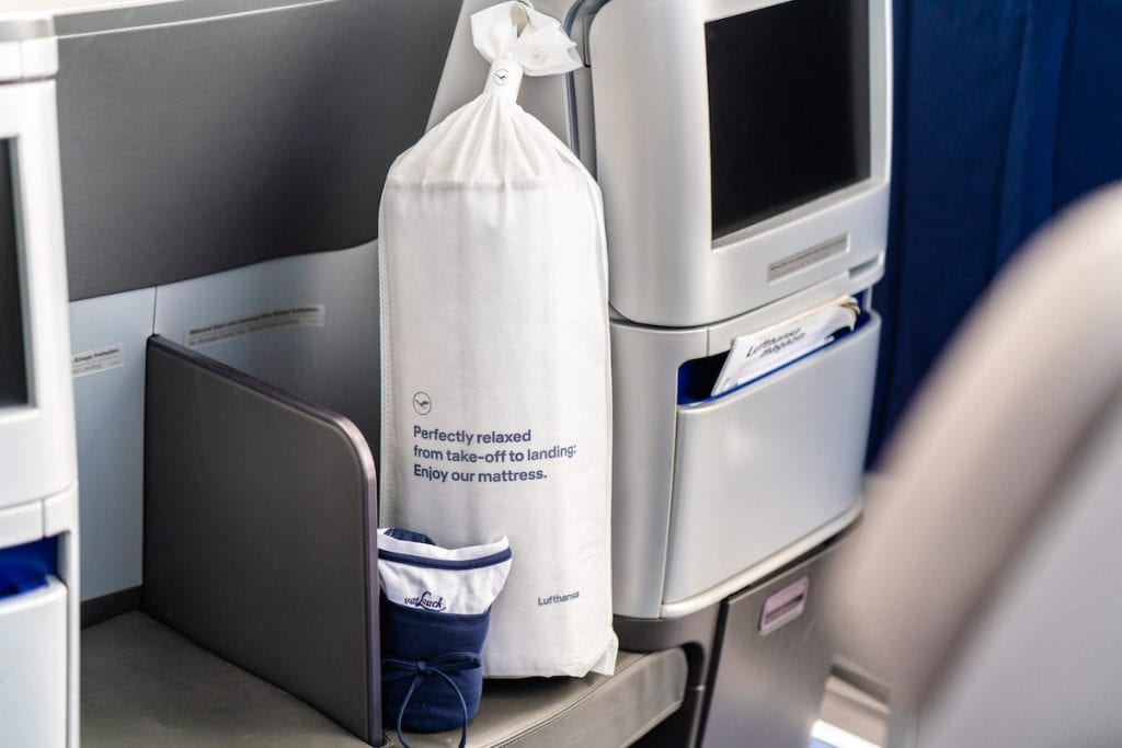 Lufthansa New Bedding