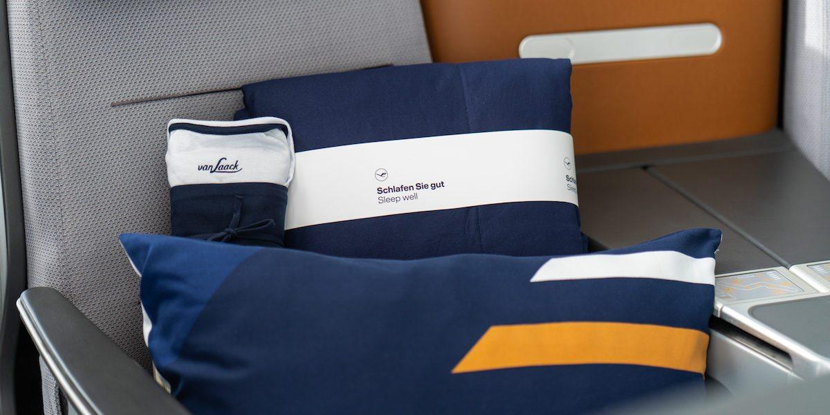 New Lufthansa Bedding