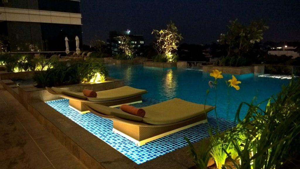 Pool Shangri La Bengaluru 4