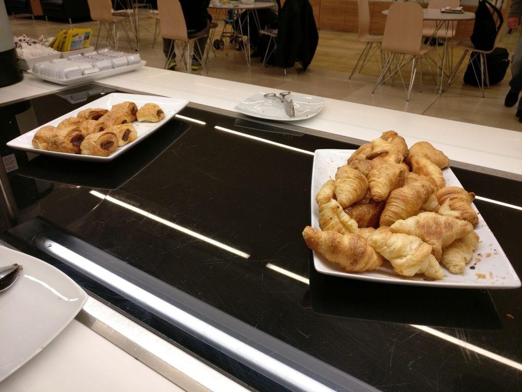 Puerta del Sol Lounge Madrid Buffet 6