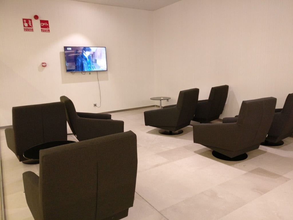Puerta del Sol Lounge Madrid Seating 7