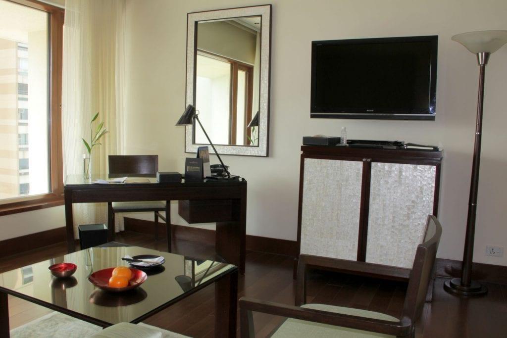 Room Oberoi Mumbai 3