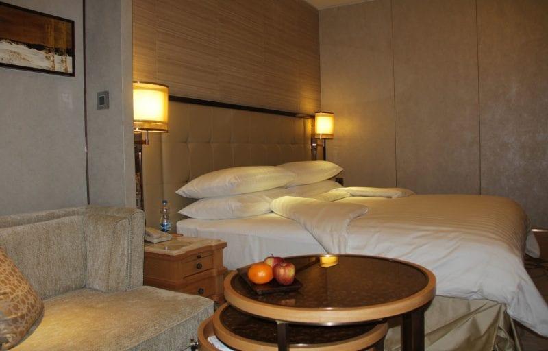 Room Shangri La Bengaluru 2