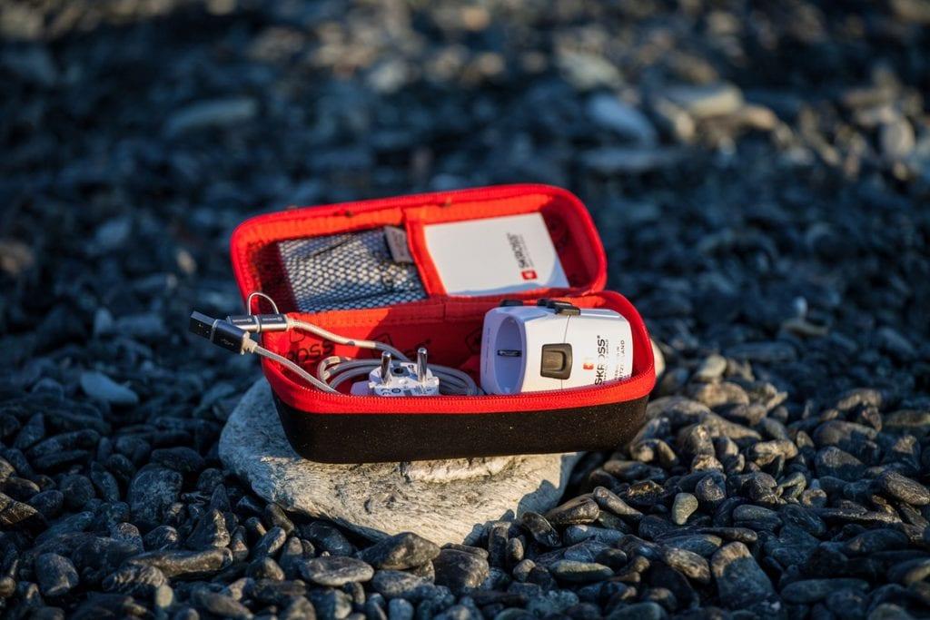timeless design 4e68d 13e9c Gewinnt eines von drei Skross Power Cases | reisetopia
