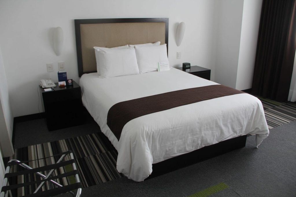 Costa del Sol Wyndham Lima Airport Queen Room