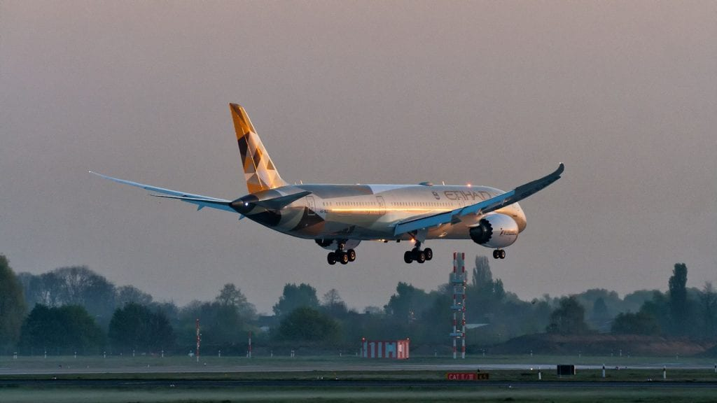 Etihad Boeing 787 Landung Sonnenaufgang Sunrise Meilen sammeln EuroBonus SAS