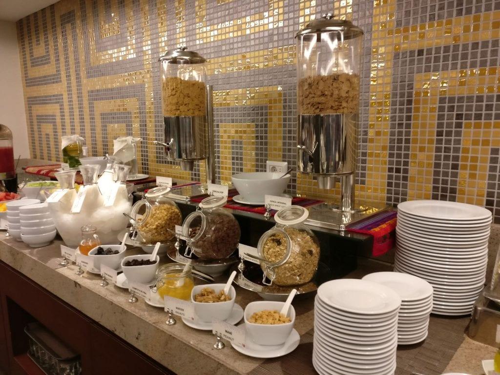 Hilton Garden Inn Cusco Breakfast 3
