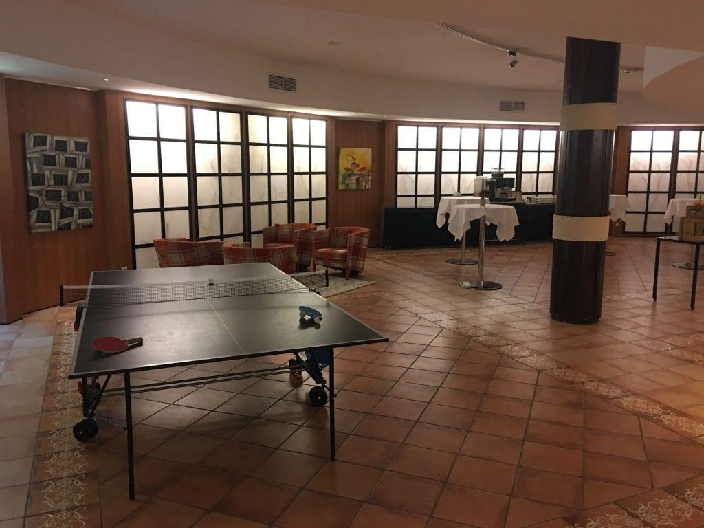 Hilton Royal Parc Soestduinen Bar Freizeit Raum