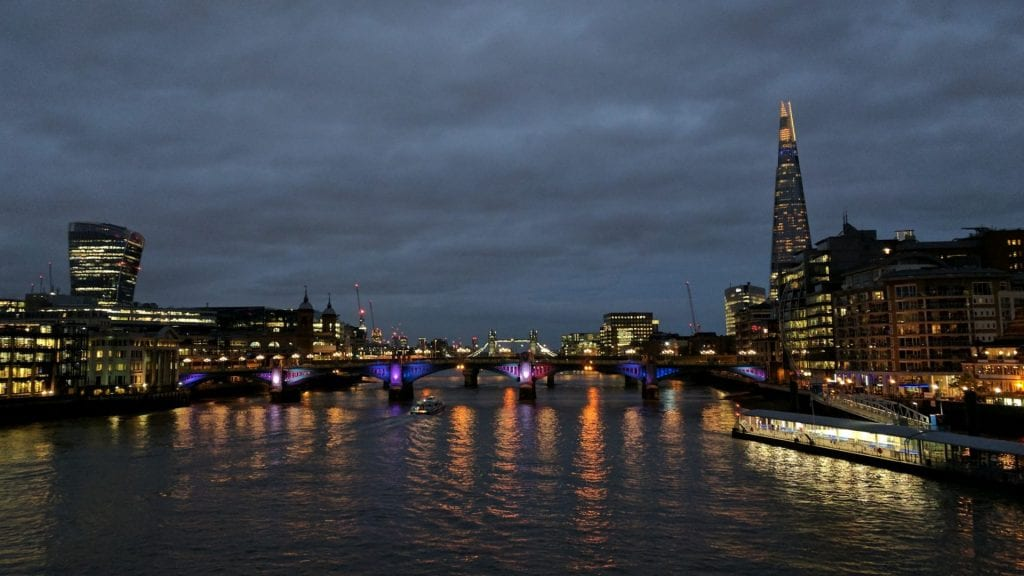 London bei Nacht Themse