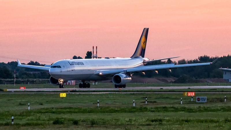 Lufthansa Airbus A330 Sonnenaufgang Sunrise Düsseldorf